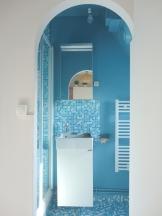 Vue sur la salle de bain